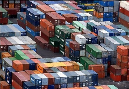 port-shipping-containers-1